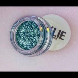 Kylie Cosmetics Eyeshadow Glaze Aqua Mama